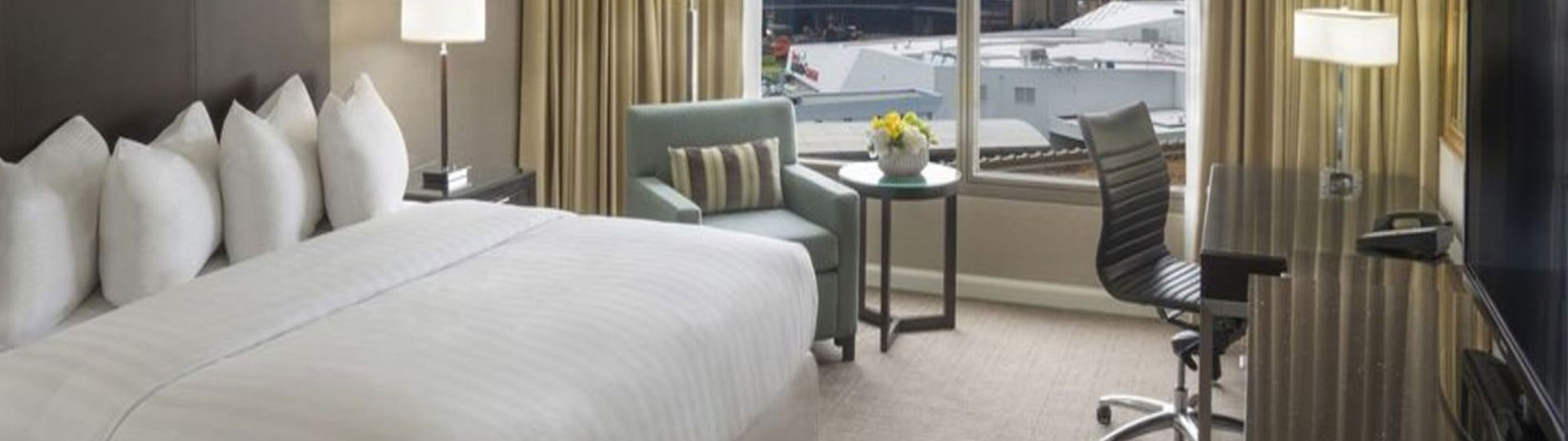 Intercontinental Toronto Centre, Ontario - Daily Parking Package